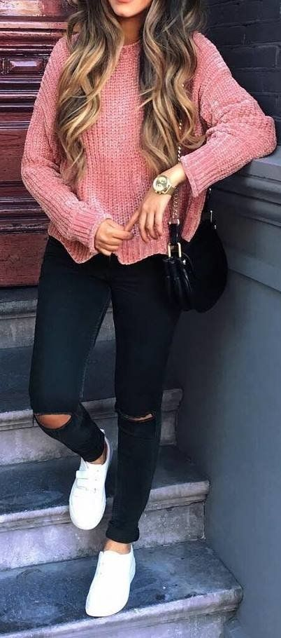 summer outfits Pink Knit + Black Ripped Skinny Jeans