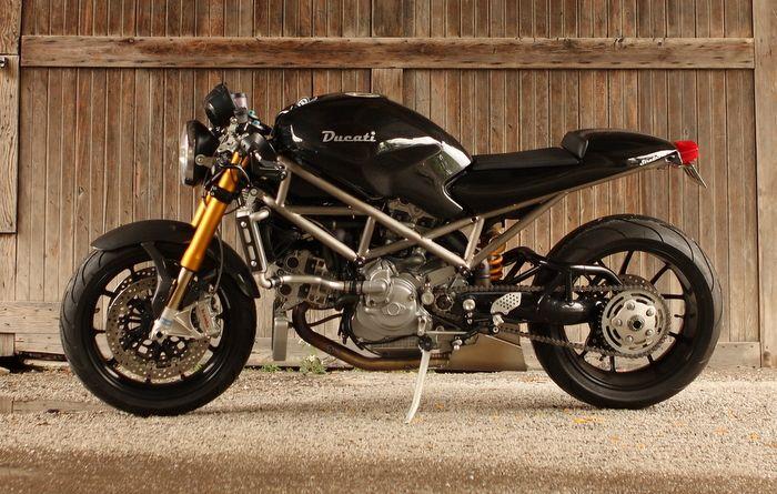 Ducati Monster SRS Custom w/titanium frame!