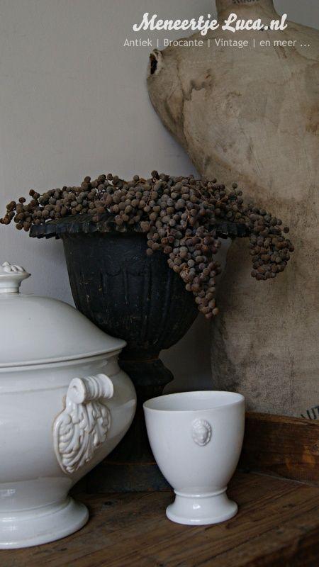 Porseleinen potje met hoofdjes *SOLD* | New founds | meneertjeluca