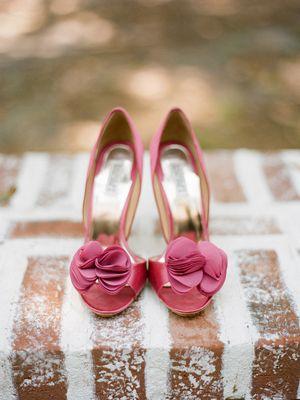 gorgeous rosy pink heelsFashion Places, Shoesmi Shoes, Black Rose, Fashion Shoes, Wedding Shoes, Cinderella Shoes, Wedges Shoes, Pink Rose, Pink Shoes