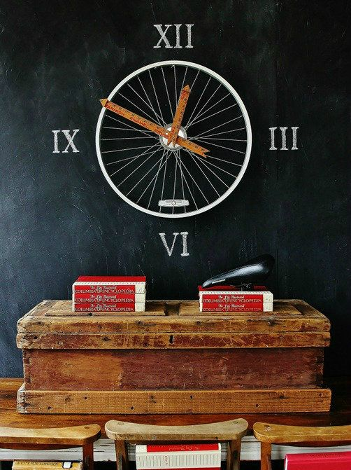 DIY Bicycle Wheel Clock