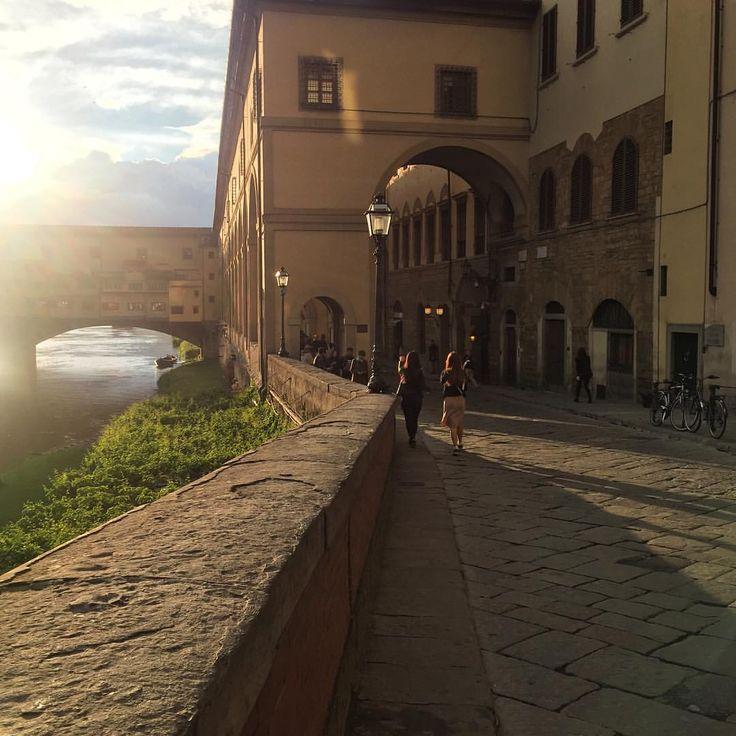 I enjoy every moment as I enjoy every picture. — Walking to sunrise at Ponte Vecchio.  #enjoylife...