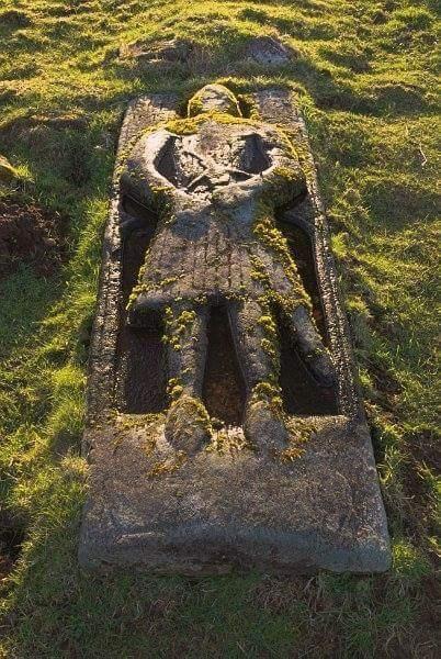 Orta çağ dönemine ait bi askere ait mezar steli. İzlanda