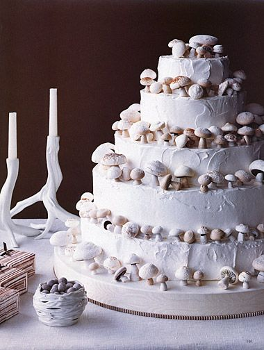 Wedding+Ideas:+white-mushroom-wedding-cake