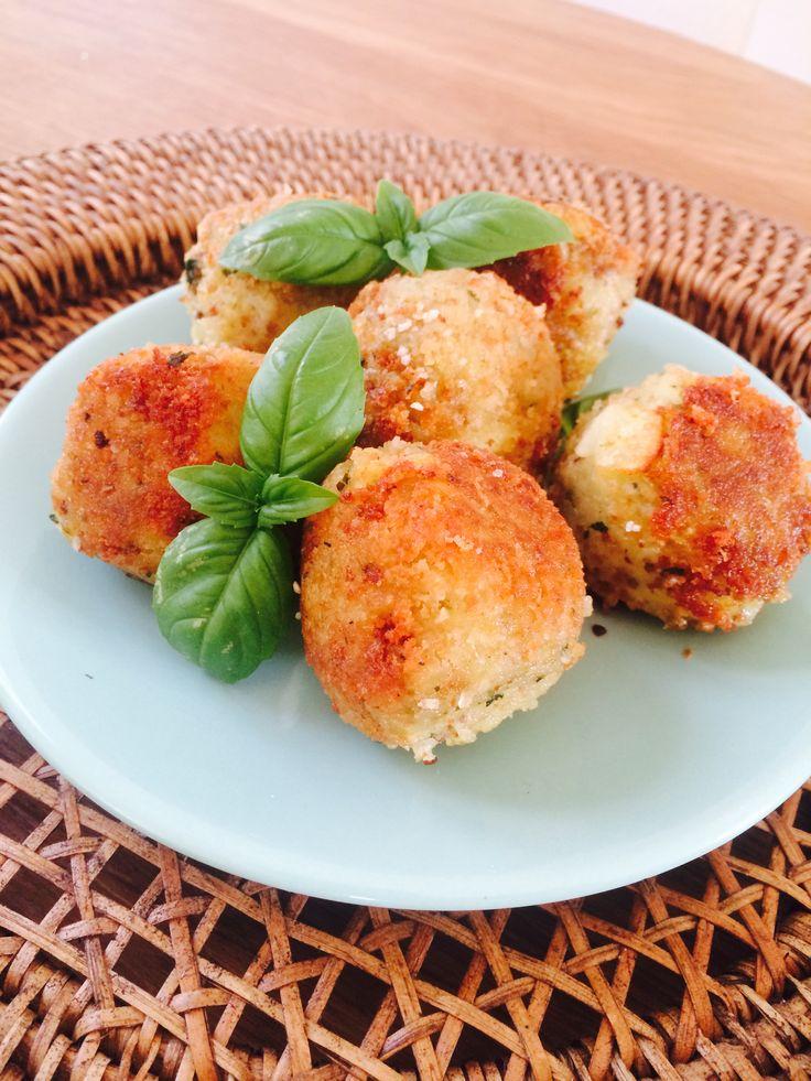 Croquettes de pommes de terre aux olives et au basilic