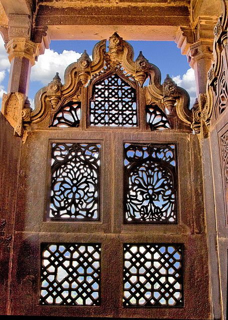 Balcony - Jahangir Palace