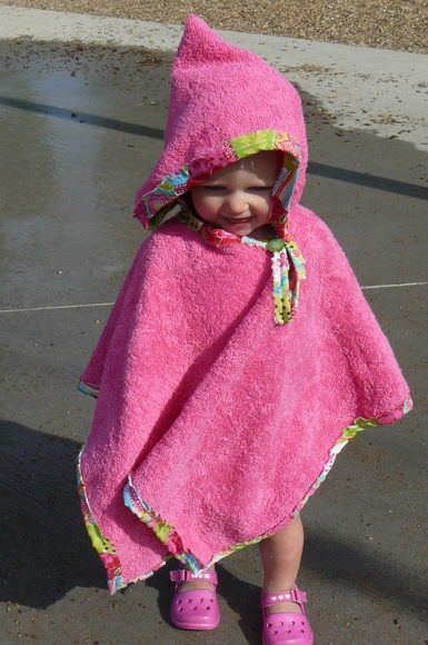 Towel Poncho Tutorial. Get that first pass at getting them dry while they're still running around like crazy :)