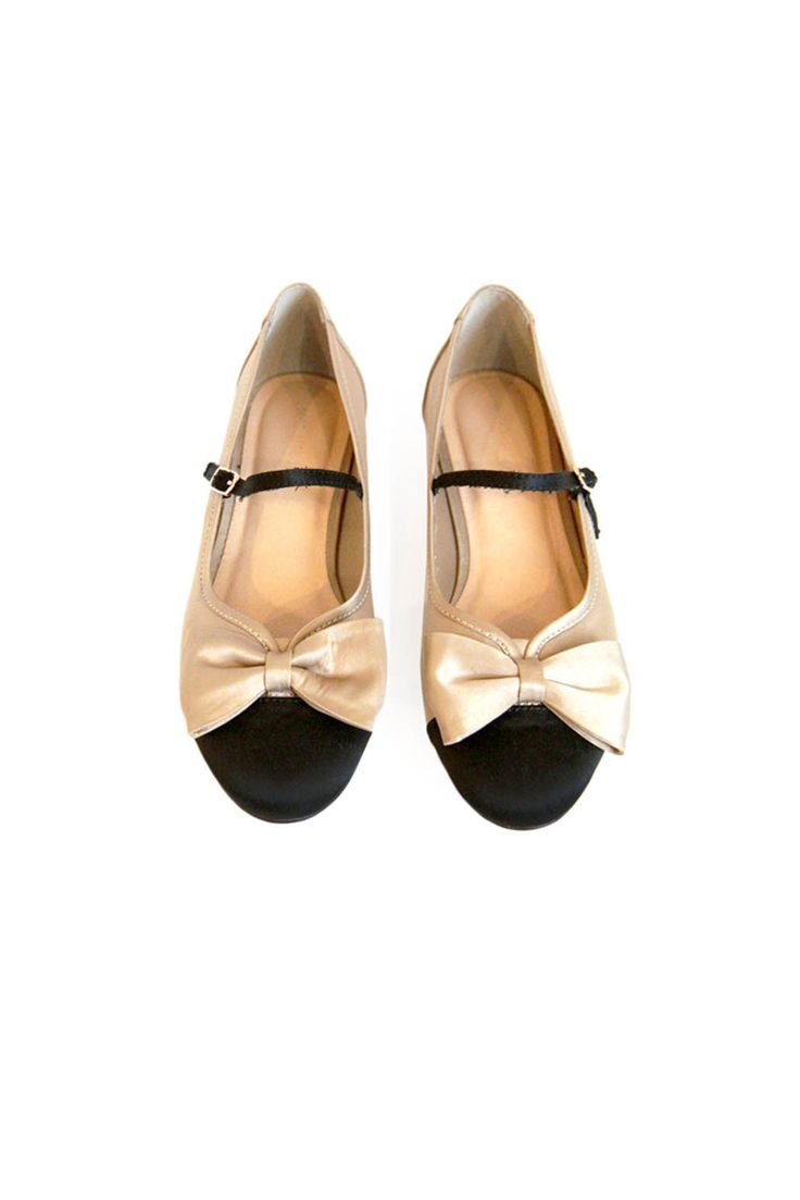 Mary Jane Bow Flats