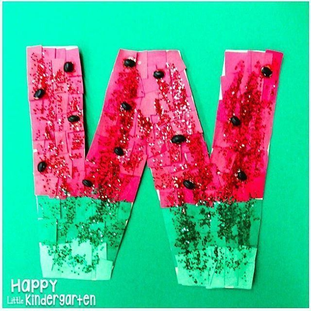 W is for watermelon! I love how this letter craftivity turned out! #kindergarten #teachersofinstagram #teacherspayteachers #teachersfollowteachers #iteachk #iteachtoo #kindergartencrafts #craftivity #happylittlekindergarten