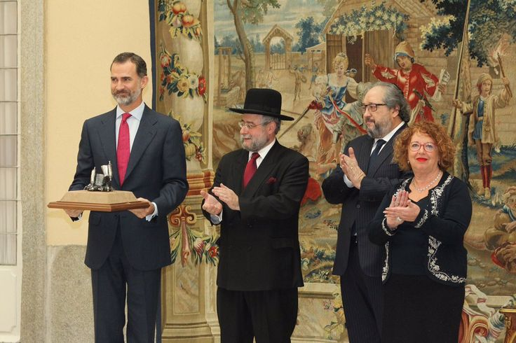 "Delivery to King Felipe VI, of ""2016 Lord Jakobovits Prize of European Jewry"" 
