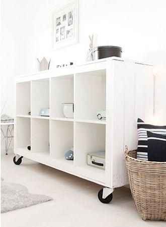 Ikea kast op wielen, €12,- #interieurroulette http://interieurroulette.nl