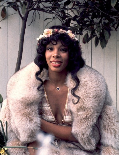 RIP disco queen: Summer Flowers, Fur Coats, Discs, Flowers Children, Donna Summers, The Queen, Photo Galleries, Dance, Summer Photo
