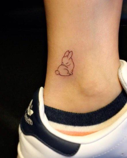 101 Tiny Girl Tattoo Ideas For Your First Tattoo #summervibes   – Σχέδια τατουάζ