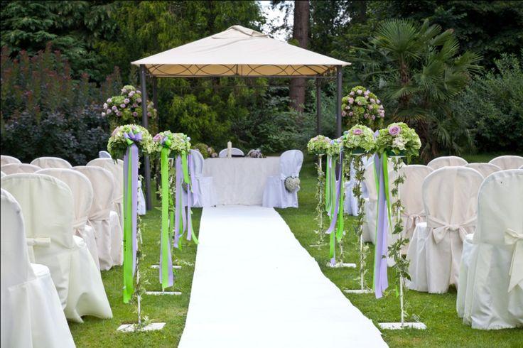 Civil wedding outdoor - Italy