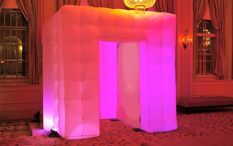 Share booth LED-pink lights
