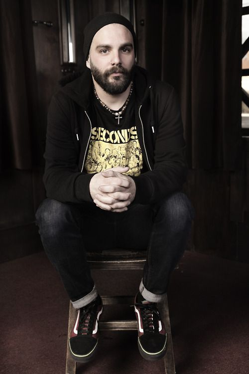 Another inspirational person: Jesse Leach - Killswitch Engage. Down to earth and real. I think he has a heart of gold. Plus, he sure makes good music :)