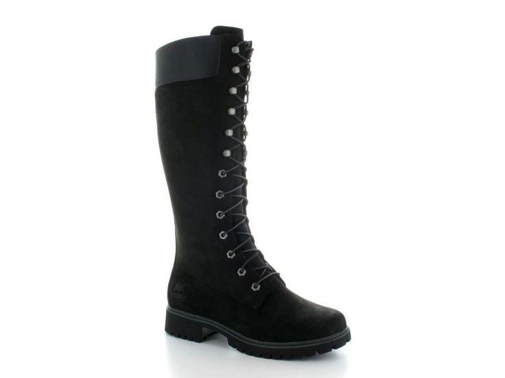 Zwarte lange rijglaarzen van Timberland, model 8167R. Perfect voor de koude winterdagen. €219,95 #timberland #rijglaarzen #laarzen #timberlands