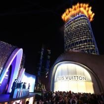 Louis Vuitton in Shanghai - L Real Estate project