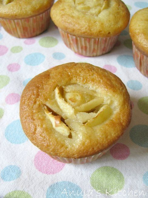 Anula's Kitchen: Skinny cupcakes by Hairy Bikers, ugh, Dieters ;) ...