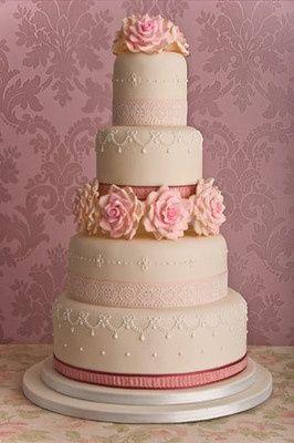 12 Pretty Pastel Colored Wedding Cakes