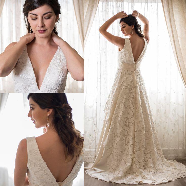 Vestido de novia escote v · V-Neck Wedding Dresses