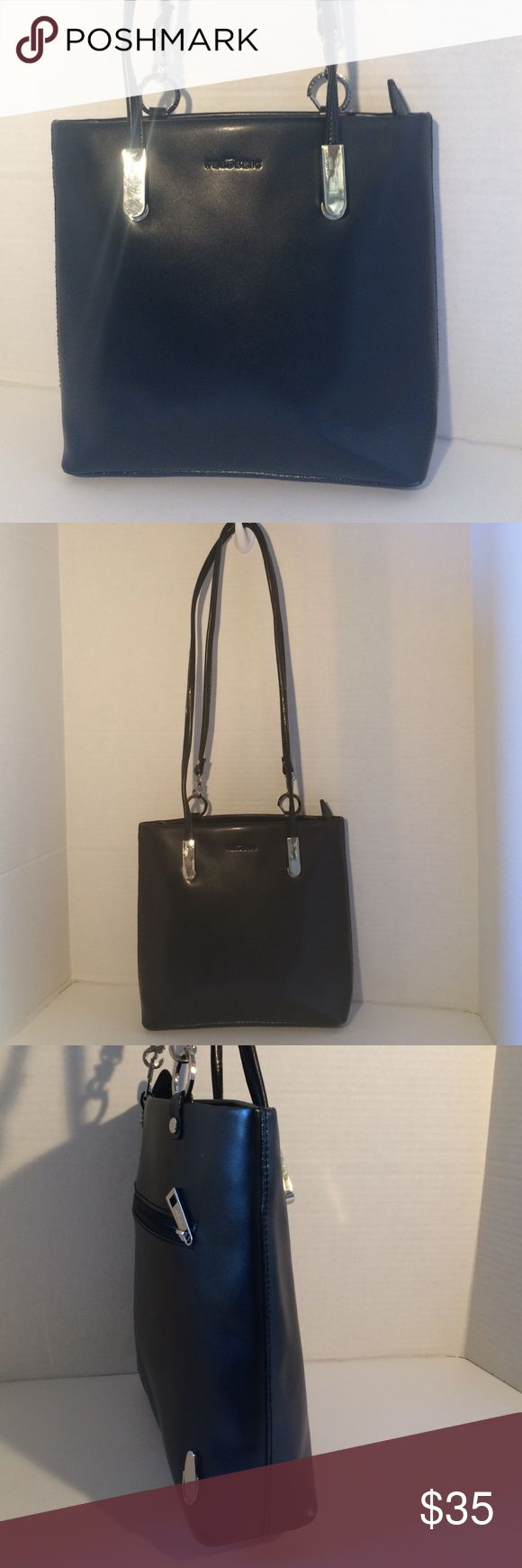 "Frederic T Paris Stunning Leather Handbag Stunning in excellent condition like new/ very clean inside/ double straps/ 1 zip outside pocket/ zip closure/ inside side zip pocket/ inside 2 side pockets / length 11""/ height 10"""" depth 3""/ straps 35""/ No Flaws! Frederic T Paris Bags Shoulder Bags"