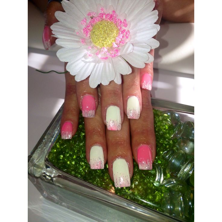 Pink and white #nails #gelnails