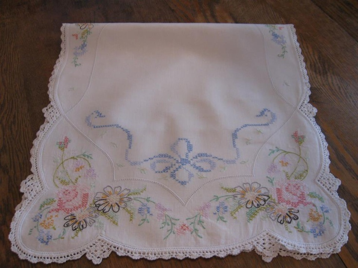 Pinele House Antiques Vintage Cross Sch Fl Dresser Scarf
