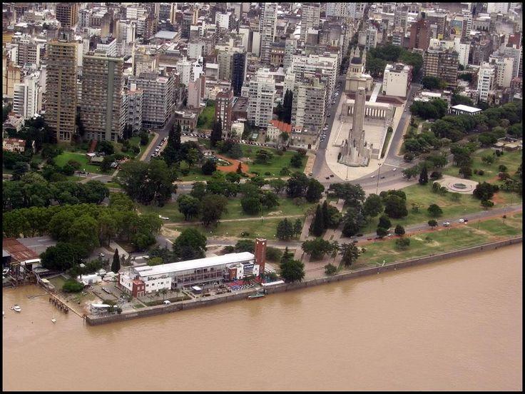 Estación Fluvial y Monumento a la Bandera. Rosario
