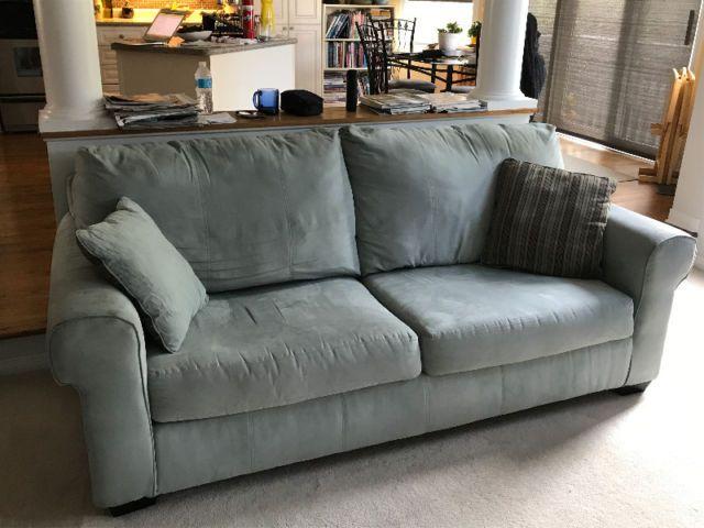 Matching Love Seat And Sofa