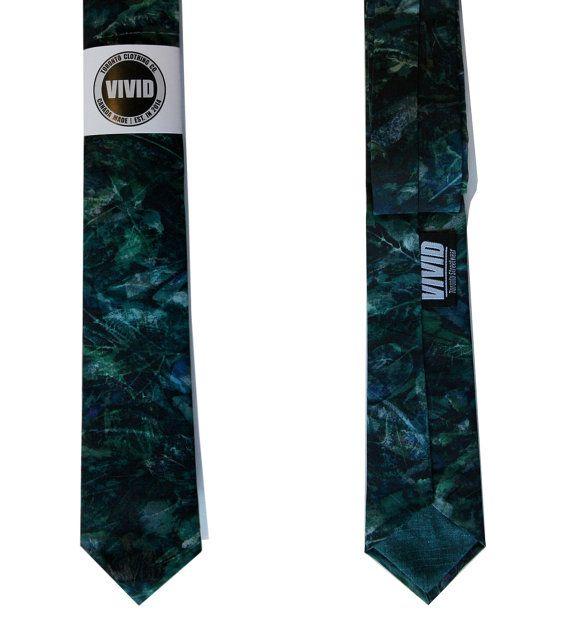 Liberty of London Emerald Green Tie for sale on Etsy by VIVIDStreetwear  #mensfashion #ss16 #neckties #skinnytie #libertytie #libertyoflondon #menstyle #wedding #weddingties #toronto #custom #customties #torontodesigner #weddingties