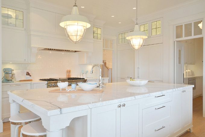 1000 images about kitchen on pinterest all white for Benjamin moore oxford white kitchen cabinets