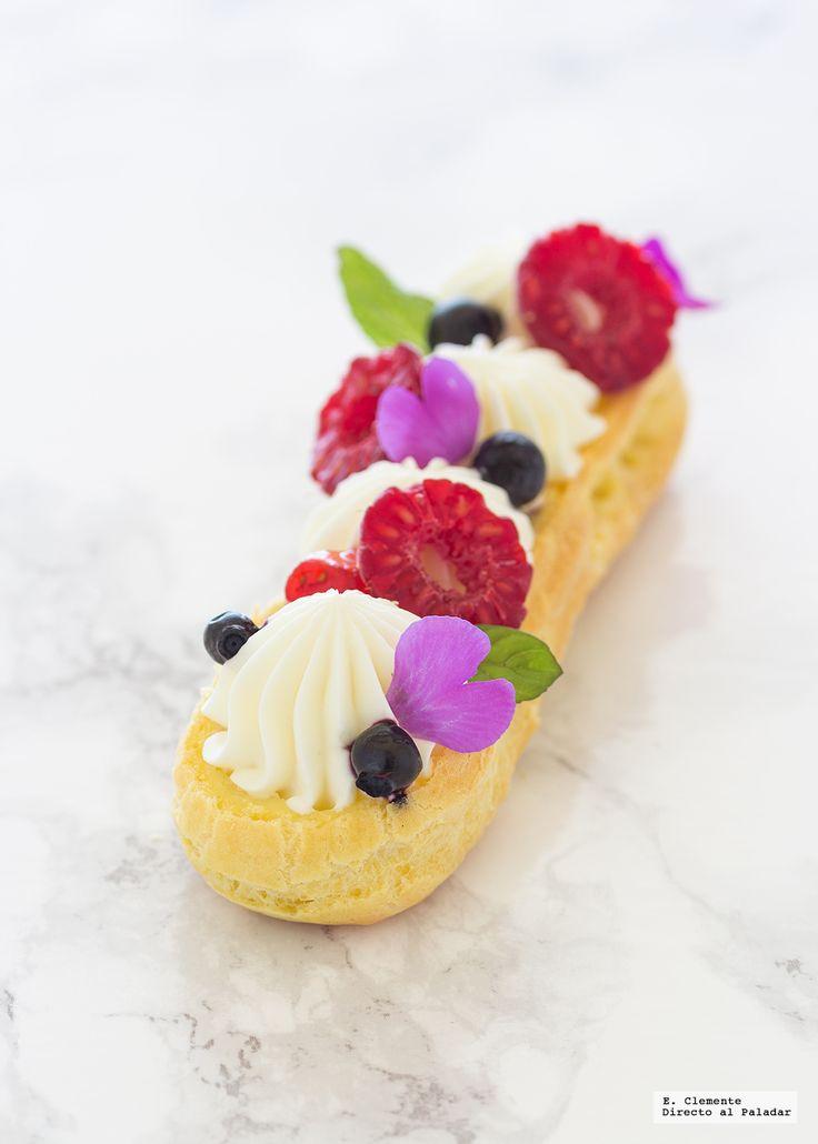 Algunos de mis pastelitos preferidos son los elaborados con pasta choux, como ejemplo, este eclair con frutos rojos y crema de chocolate blanco que...