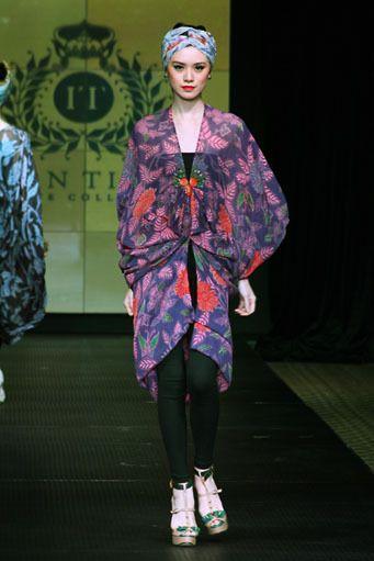 COLLECTION : Batik Kaftan Collection By Iwan Tirta ~ Glowlicious