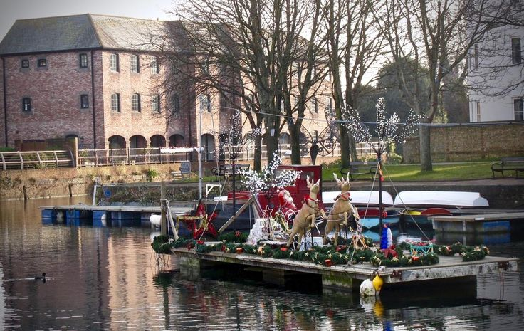 Christmas on Chichester Canal