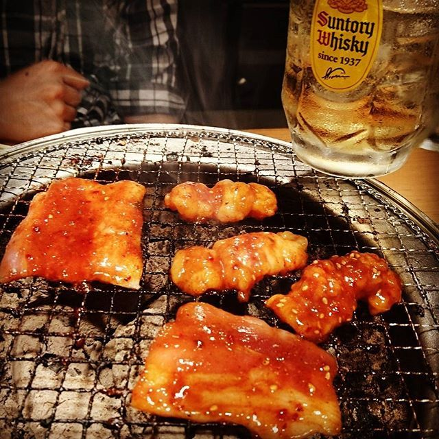 多牛が離れず焼肉へ。  ありがとう♪  #yakiniku #焼肉 #焼き肉 #hachihachi #ハチハチ #カルビ #ホルモン #yummy #美味しくて #追加 #サントリー #角ハイボール #2杯 #飲んだ #少しだけ #酔った #ご飯 #1杯で #抑えた #肉 #たくさん #食べる #ごちそうさまでした