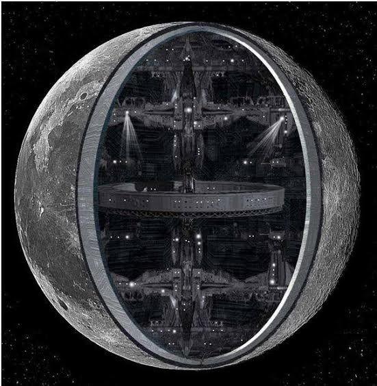 Ist der Monde eine Basis von Außerirdischen?