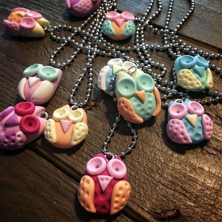 Pöllö kaulakoru Owl necklace Polymer clay