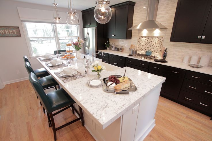 Best 20 property brothers kitchen ideas on pinterest - Hgtv property brothers kitchen designs ...