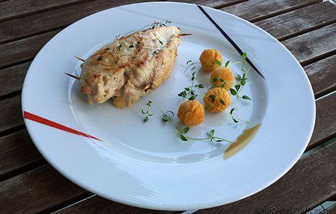 Peitos de Frango Recheados - http://www.receitaspraticas.net/peitos-de-frango-recheados/