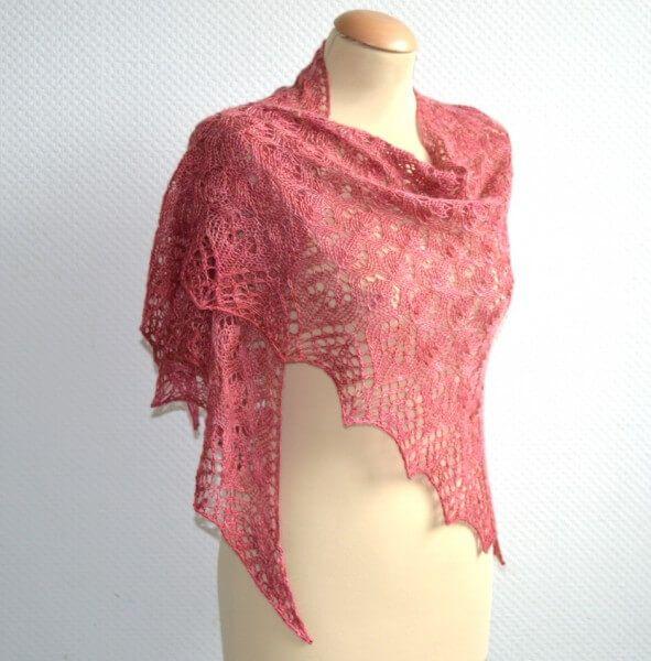 "This beautiful shawl is knit in Siide-Fideel, silk-merino yarn. It is called ""Lelie"", designer is ""La Visch Designs"""