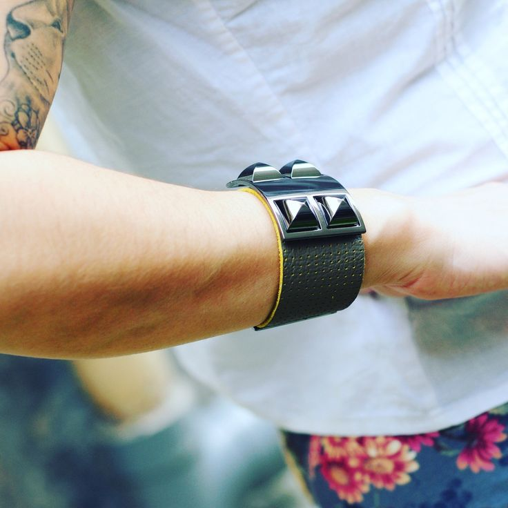 Summer time! All our bracelets are made with high quality leather!