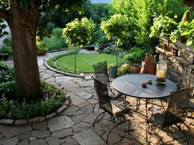 Square Patio Design Ideas With Exterior Lovable Design Of Patio Consisting  Of Small Outdoor Dining Room In Green Garden   Grezu : Home Interior  Decoration
