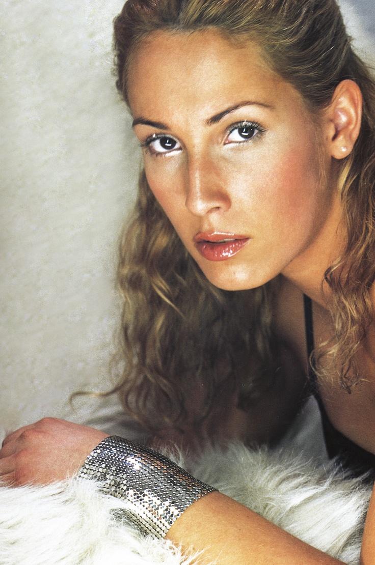 Malú ©Rafa Gallar. TENDENCIAS. Febrero 1999