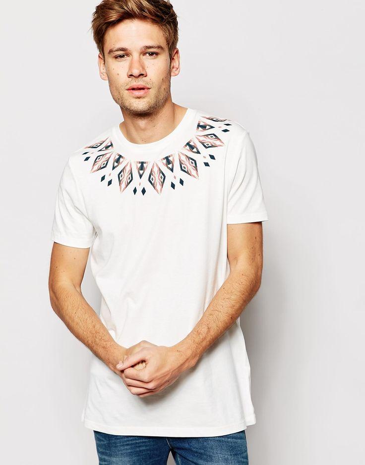 Imagen 1 de Camiseta con estampado azteca en el canesú de ASOS