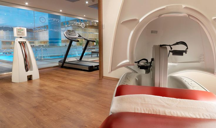 The quick and healthy way to lose weight is at Divani Apollon Palace & Thalasso! It's one of the few hotels in Europe offering the revolutionary weight loss and body sculpture equipment Hypoxi, VacunAut, Velashape, i-lipo and LPG. Call +30 210 8911900 to book your appointment.  #DivineYou #wellness #retreat