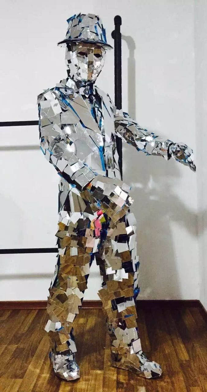 With the way this guy reflects light, he certainly deserves a spot on the Human Disco Ball page! Meet our newest costumed character: Mirror Man! J&D Entertainment in Houston, TX www.jdentertain.com