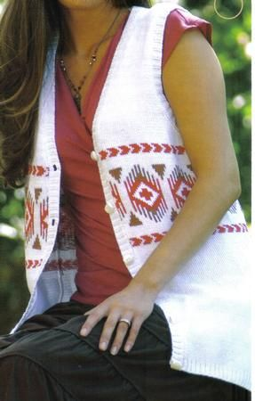 NAVAHO WAISTCOAT on Craftsuprint designed by Maggie Andrews - A SUPER LIGHTWEIGHT, TUNIC LENGTH, LADIES SUMMER WAISTCOAT INCOOL COTTON. WITH A NAVAHO INDIAN FAIR ISLE PATTERNSIZES TO SUIT:- Bust 87