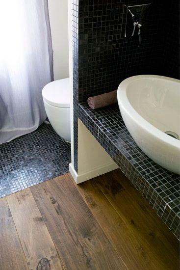 Oltre 1000 idee su bagno di rovere su pinterest armadi - Parquet in bagno opinioni ...