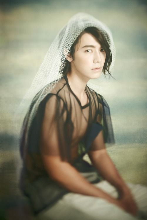 """Korean idol star, Donghae, from the boy group Super Junior.    Teaser photo for upcoming single, """"Sexy, Free & Single"""".    Reminds me of a Renaissance painting... but sexier!    Source: allkpop.com"""